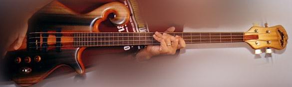 Piccolo Bass